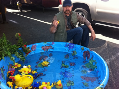Jim Beaver chilling with the ducks